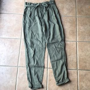Army green flowy pants with bow